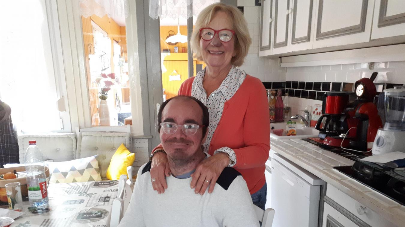 Lise Lannoy et son fils Clément sont inséparables. Et ils ont besoin d'un coup de pouce...