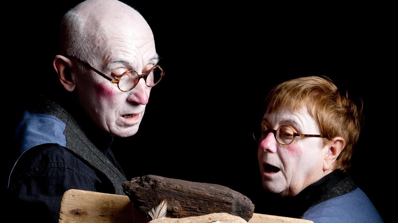 Christiane et Jacques de la Compagnie du Reste ici présenteront le spectacle Sins l'dire.