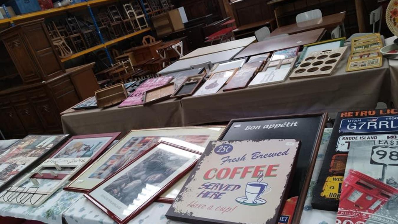 Vente spéciale vintage chez Emmaüs aux Attaques ce mardi après-midi