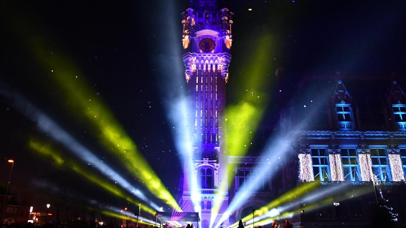 Le spectacle d'inauguration des illuminations de l'Hôtel de Ville se déroulera samedi 28 novembre à 18h.