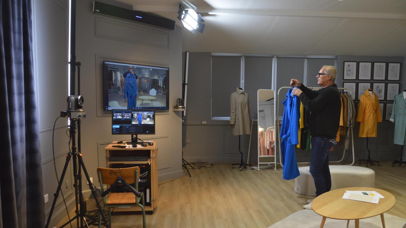 Un showroom digital a été créé dans les locaux de Lener-Cordier, rue de Merville. Il permet de présenter les collections de l'entreprise à ses clients, à distance.