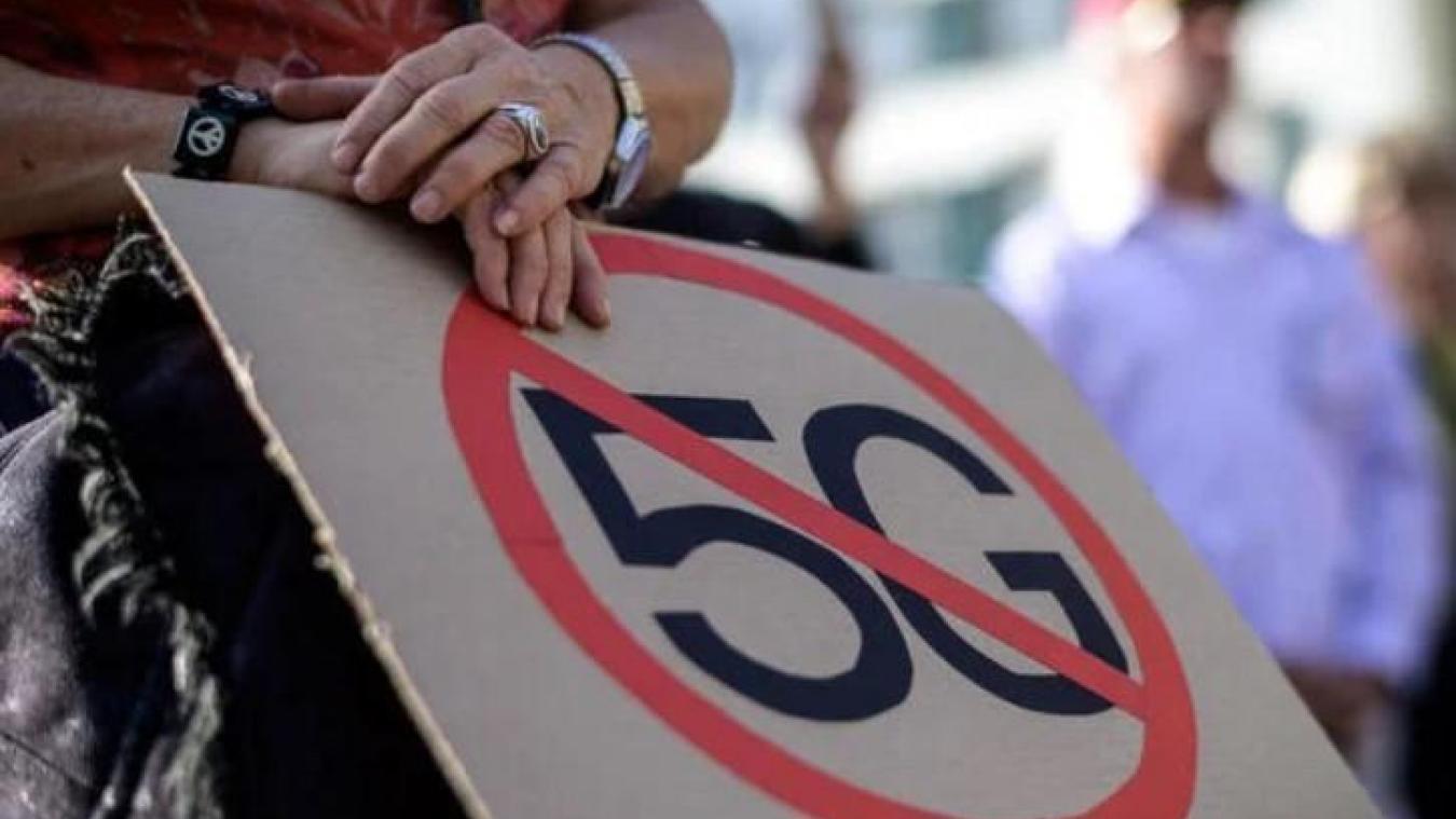 La 5G a ses détracteurs qui luttent contre son déploiement en raison de son impact encore inconnu sur la santé.