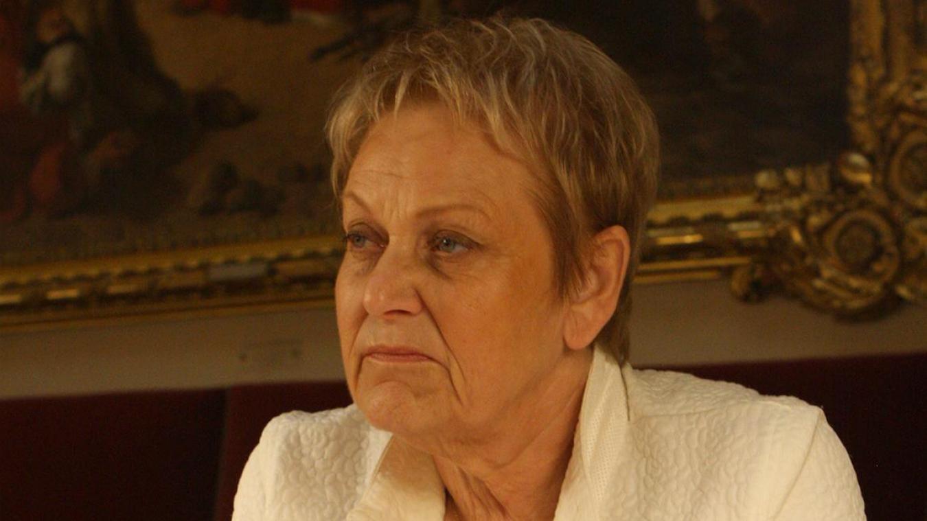 Arras: quatre ans après avoir voté son interdiction, la députée Maquet vote la réautorisation des néonicotinoïdes