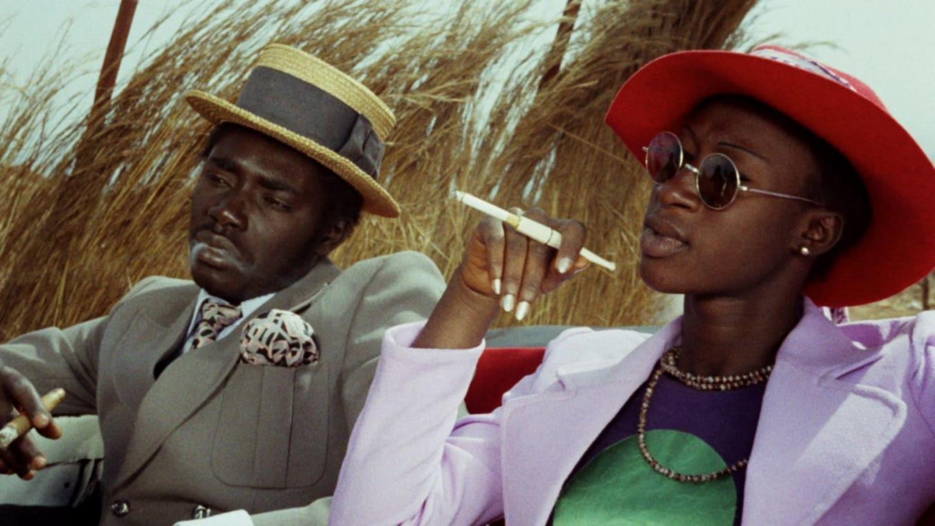 Tout l'univers de Djibril Diop Mambéty dans Touki Bouki.