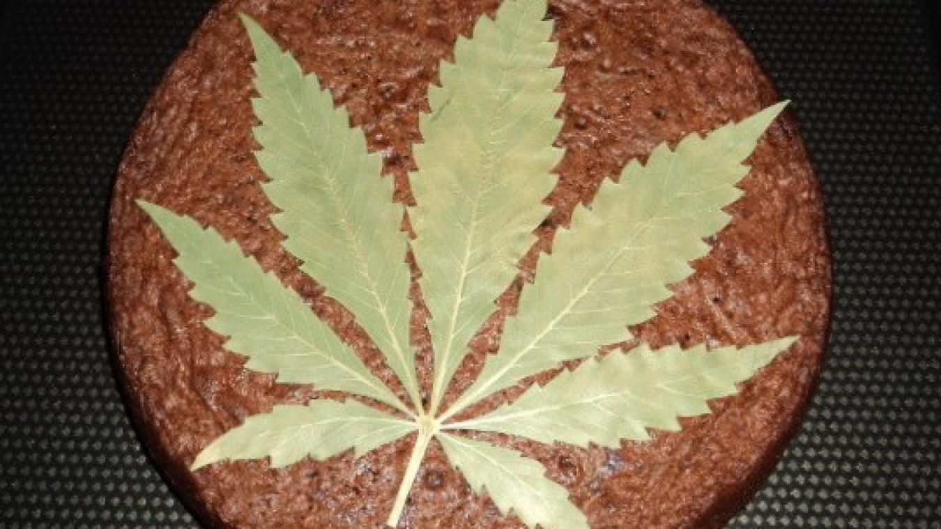 Le space cake est un gâteau à base de cannabis, dont les effets sont décuplés par rapport à un joint.