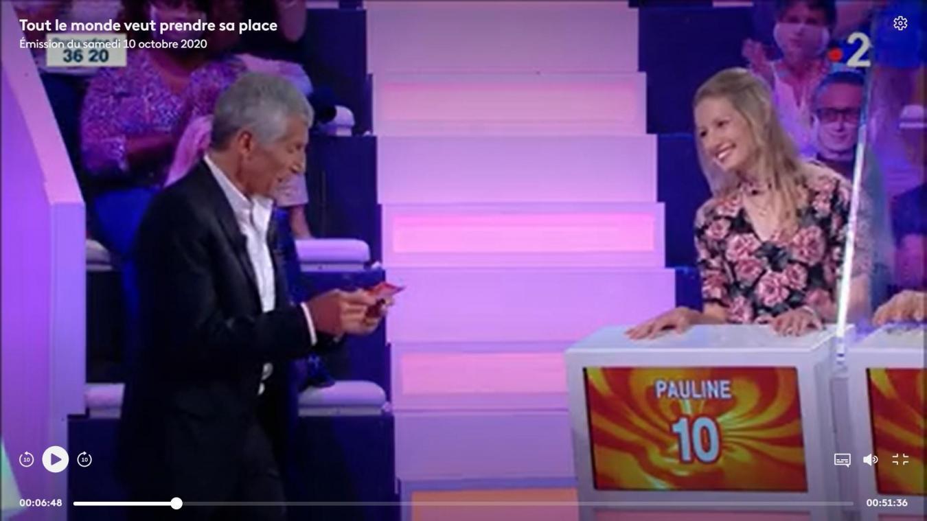Pauline Leroy face à Nagui hier sur le plateau du jeu-phare de France 2, Tout le monde veut prendre sa place.