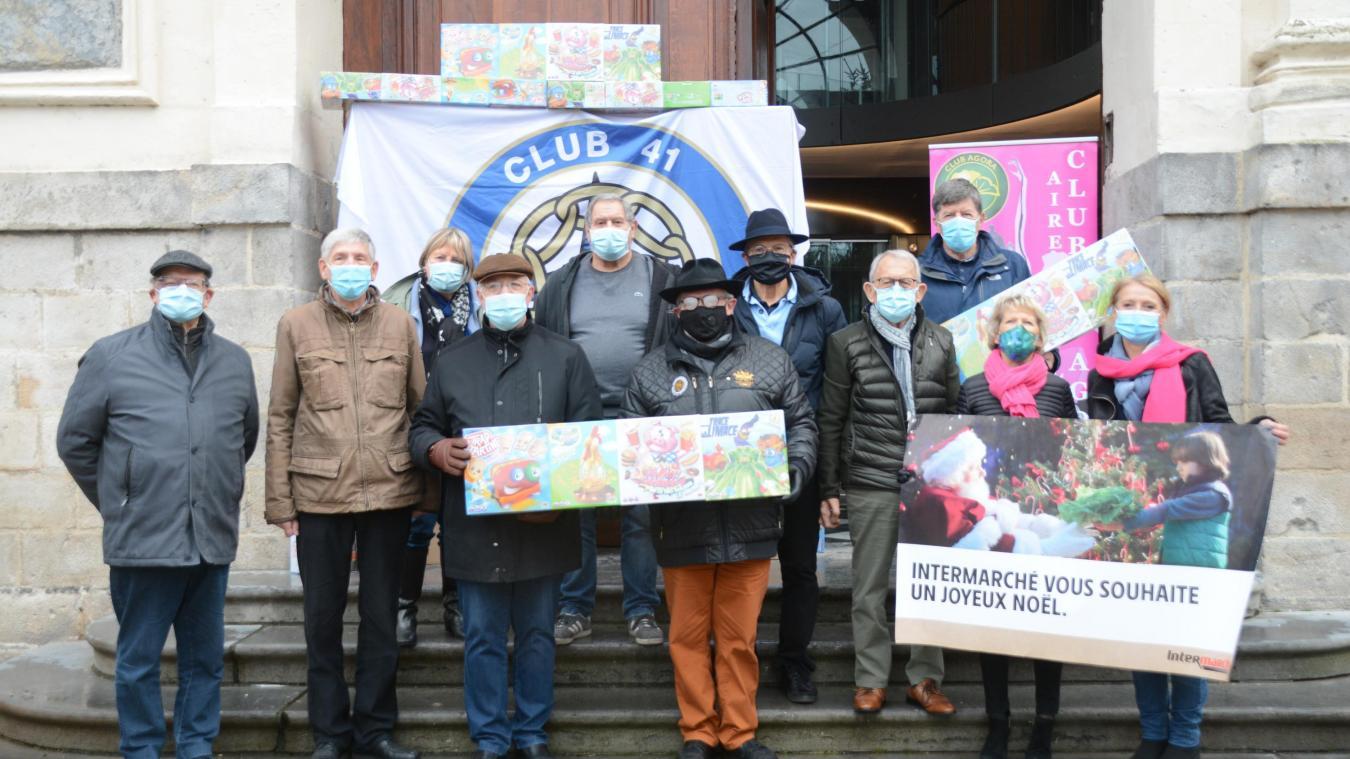Les jouets ont été distribués aux présidents des associations airoises.