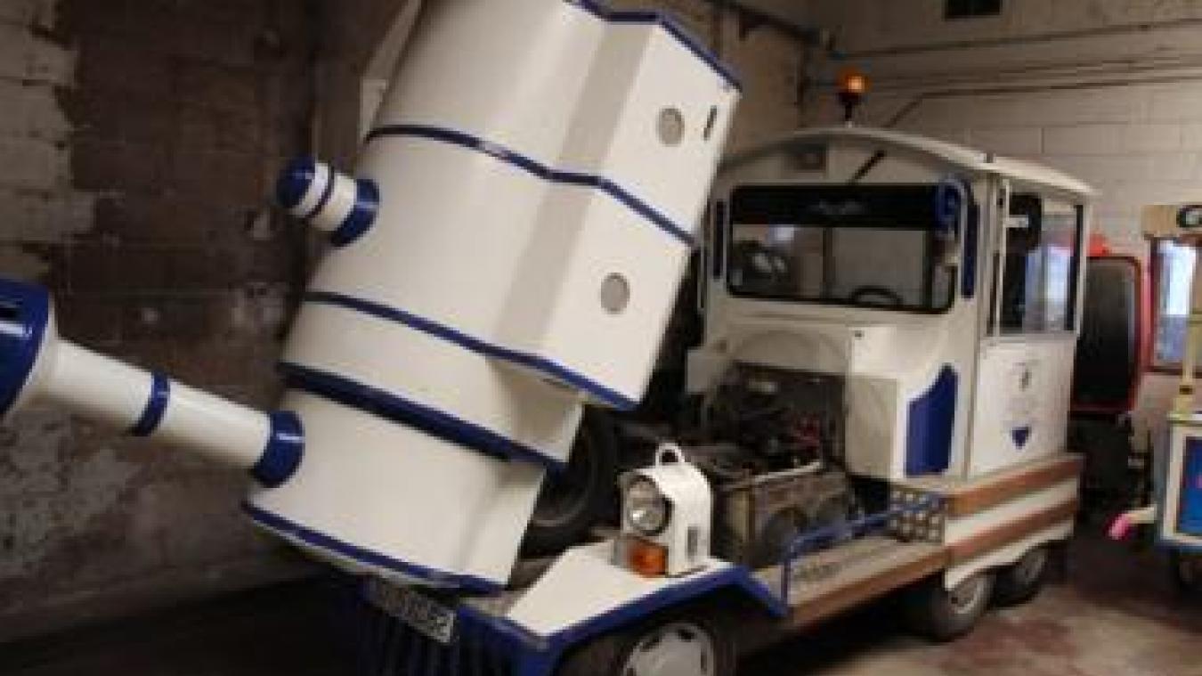 Le petit train de la commune, acheté en 2007 pour 100 000 euros, va être revendu. L'état de la machine justifie la vente selon la majorité.