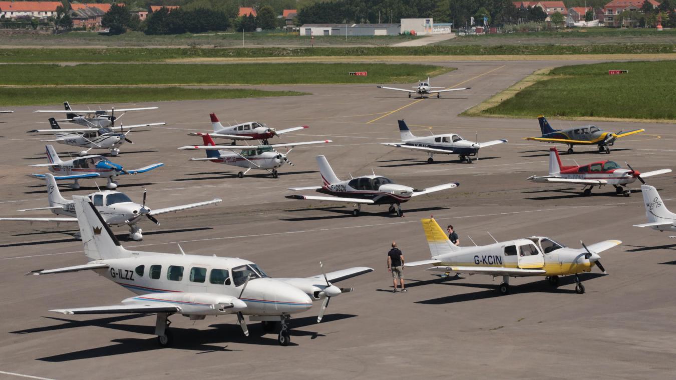 L'aéroport international du Touquet enregistre chaque année le passage de nombreux avions britanniques comme ici sur cette photo en août 2018.