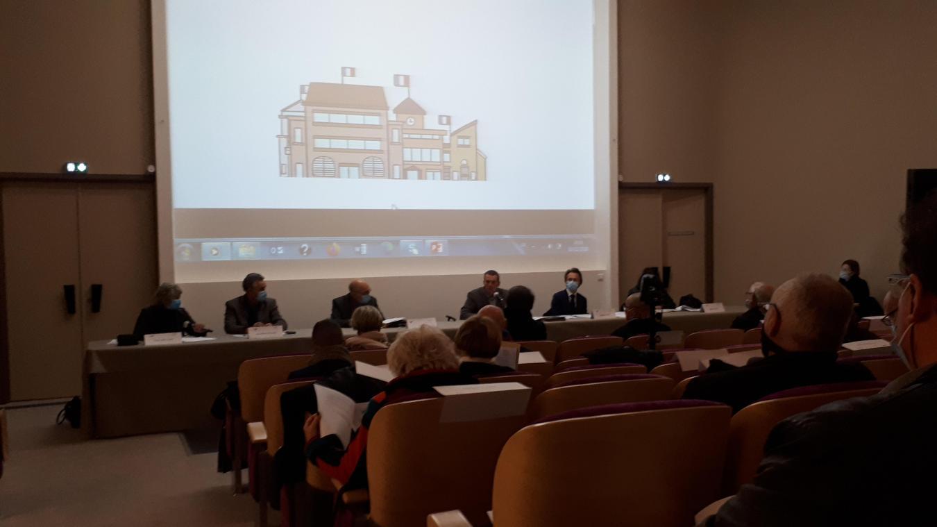 Le conseil du Pays du Calaisis s'est réuni jeudi dernier, dans l'auditorium du musée des Beaux-Arts.