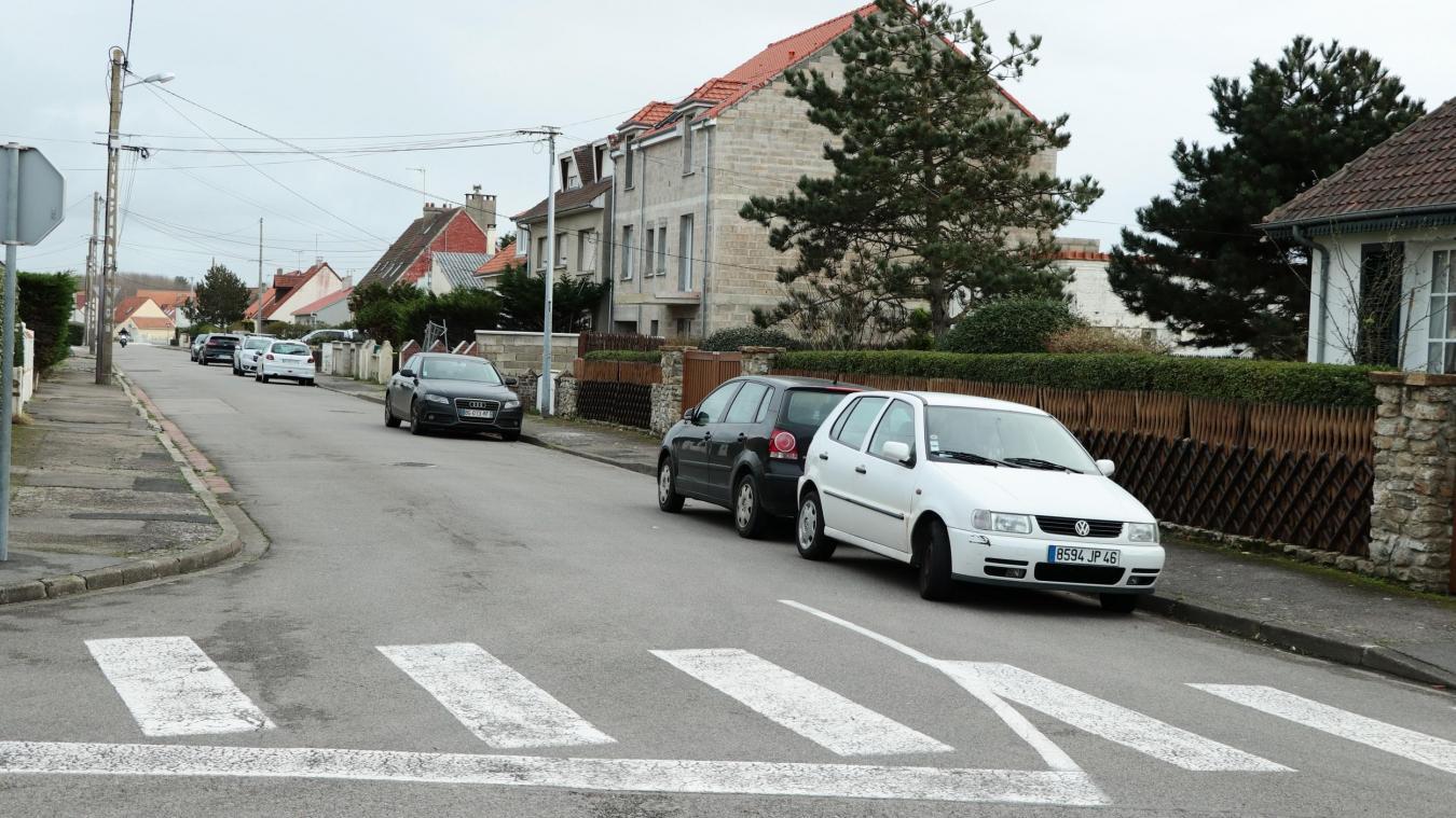 Stationnement de la rue de Lhomel : la Ville de Berck joue les arbitres