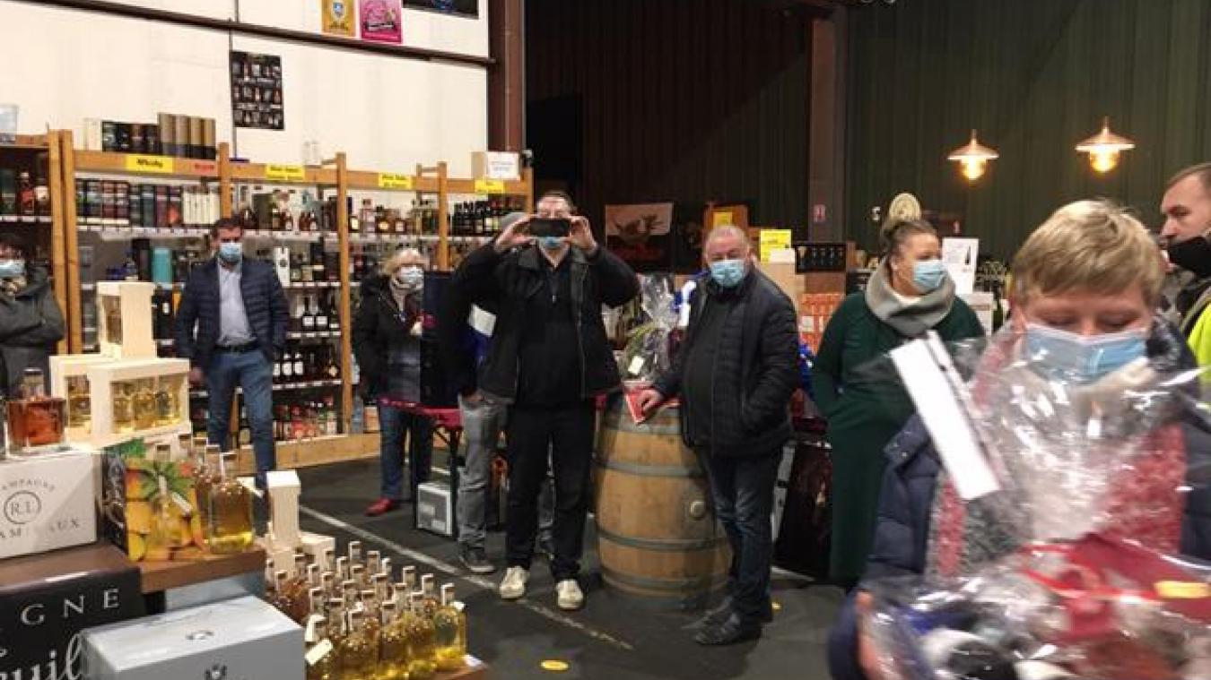 Les gagnants sont repartis du magasin Les Caves du Brasseur, les bras chargés.