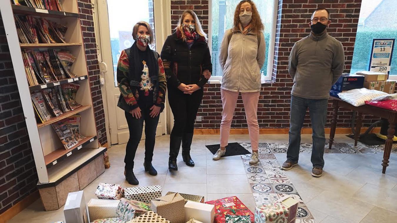 Les 27 boîtes de Noël collectées seront offertes aux personnes les plus démunies.
