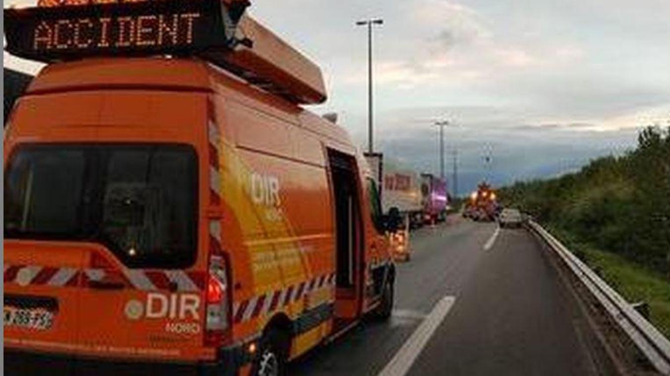 Un accident s'est produit à 9h ce lundi 21 décembre sur l'A16, à hauteur de Wimille. Plusieurs kilomètres de bouchons se sont créés.