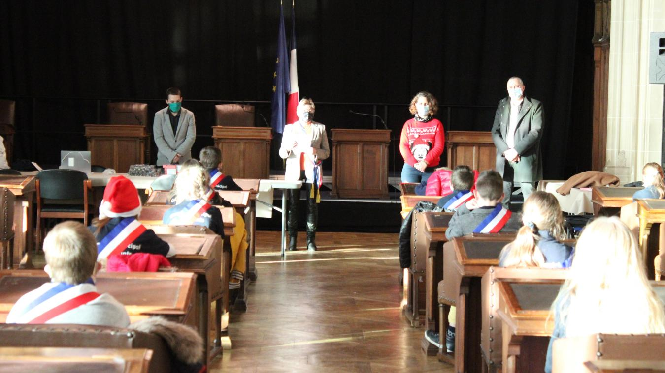 Le mandat du conseil municipal des enfants touche à sa fin, ils se sont réunis une dernière fois.