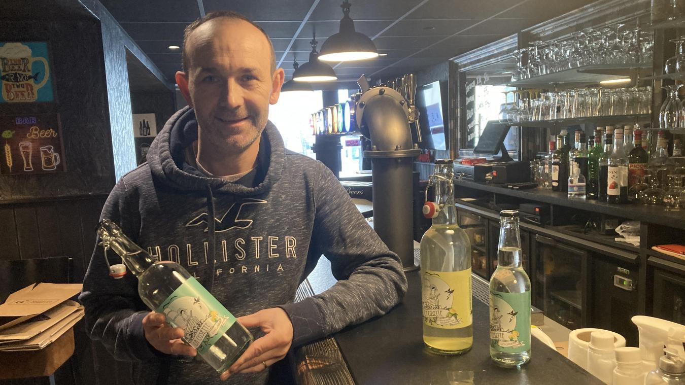 Thierry Pauchet présente sa dernière née, la Cosette, une limonade artisanale.