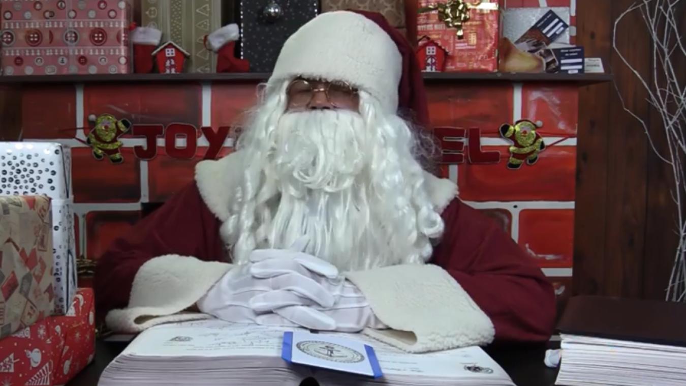 Les séances de photo avec le Père-Noël sont complètement annulées.