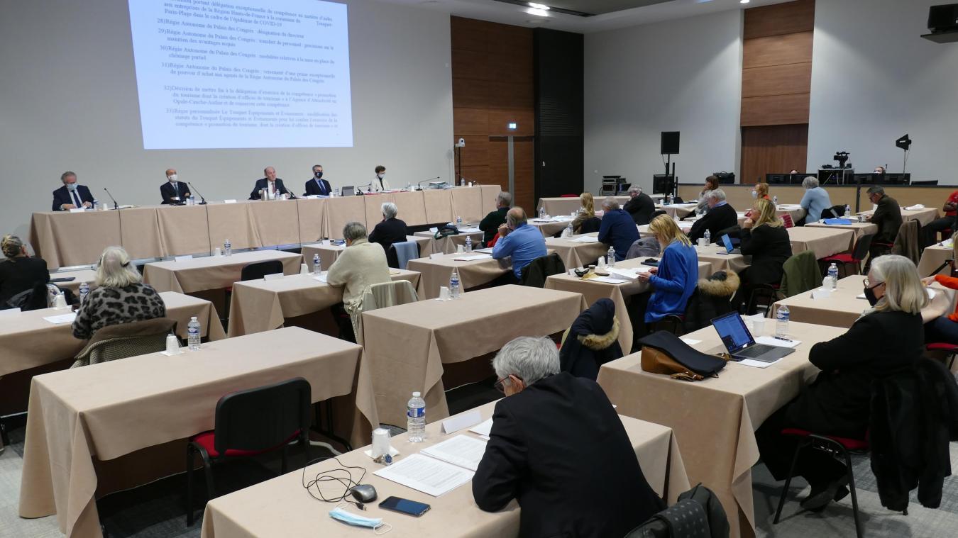 Le conseil municipal était réuni lundi 21 décembre dans la salle Ravel du palais des Congrès.