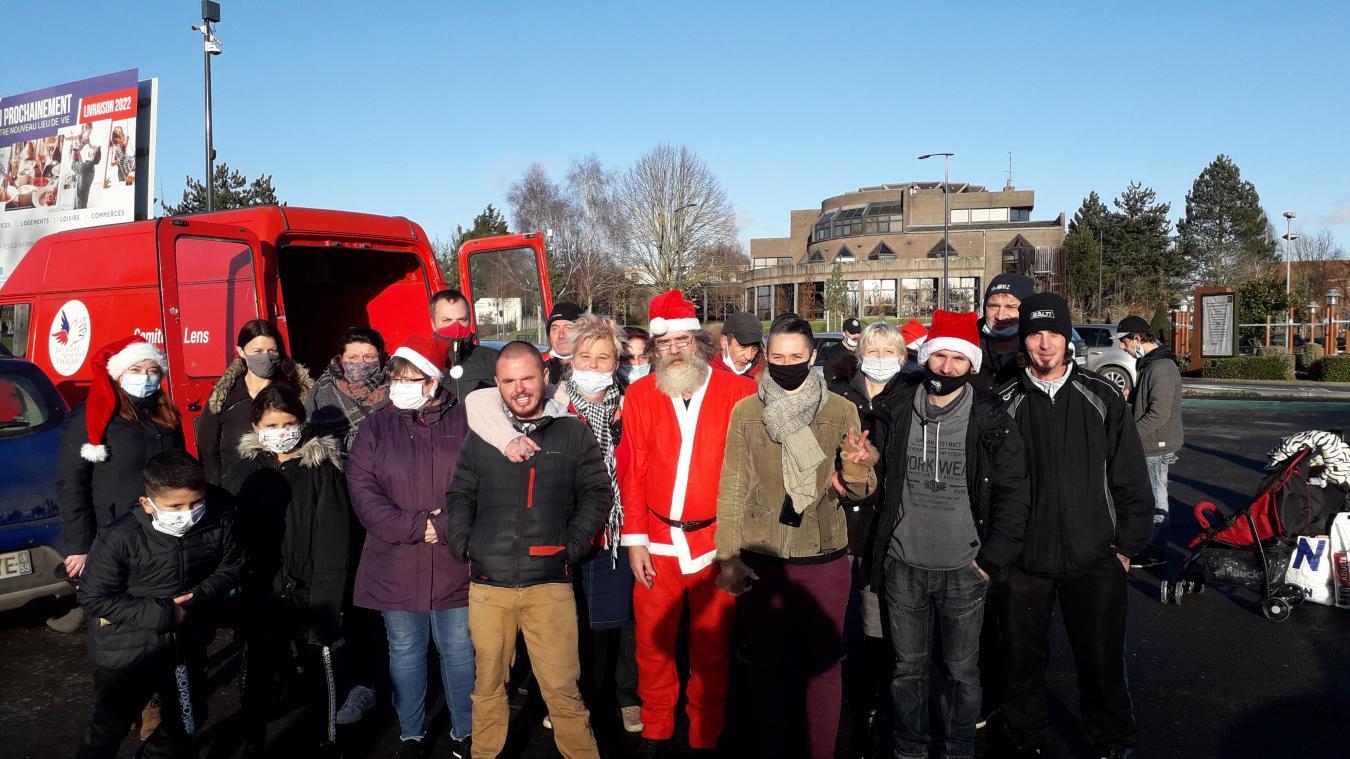 L'association les Oubliés de la Rue a organisé une distribution de cadeaux de Noël.