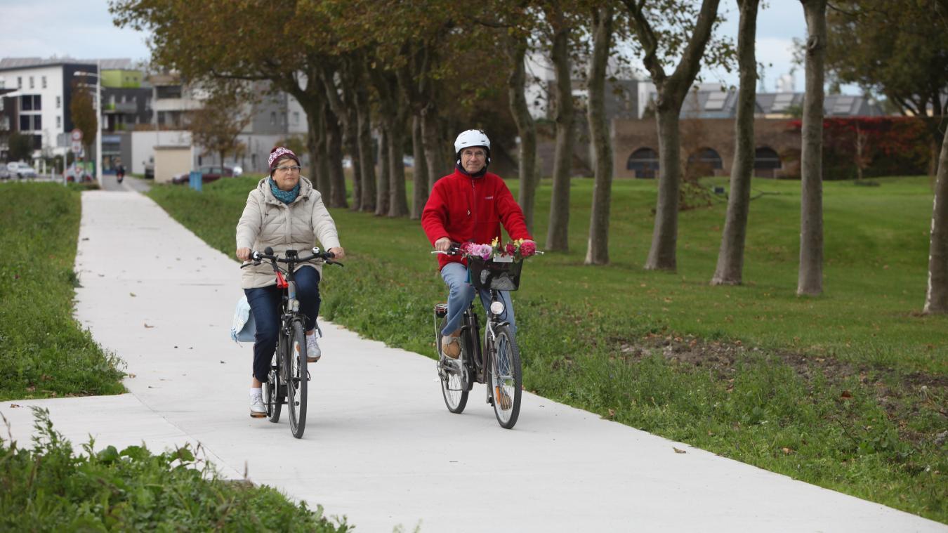 Depuis 2015, la voie verte quadrille progressivement la ville. Pour le plus grand plaisir de ses usagers.