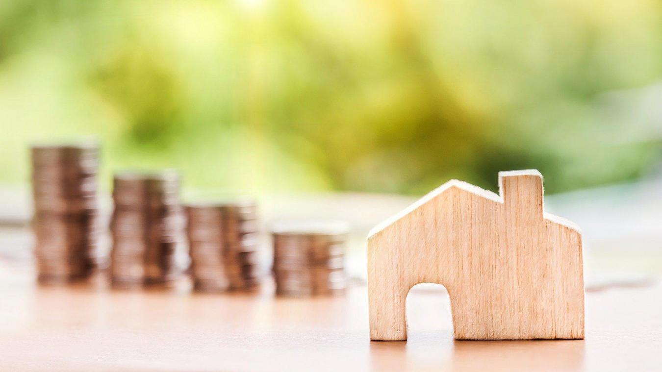 Les sociétés d'assurance proposent notamment des assurances multirisques habitation (MRH) qui couvrent les responsabilités locative et familiale mais aussi les différents biens personnels.