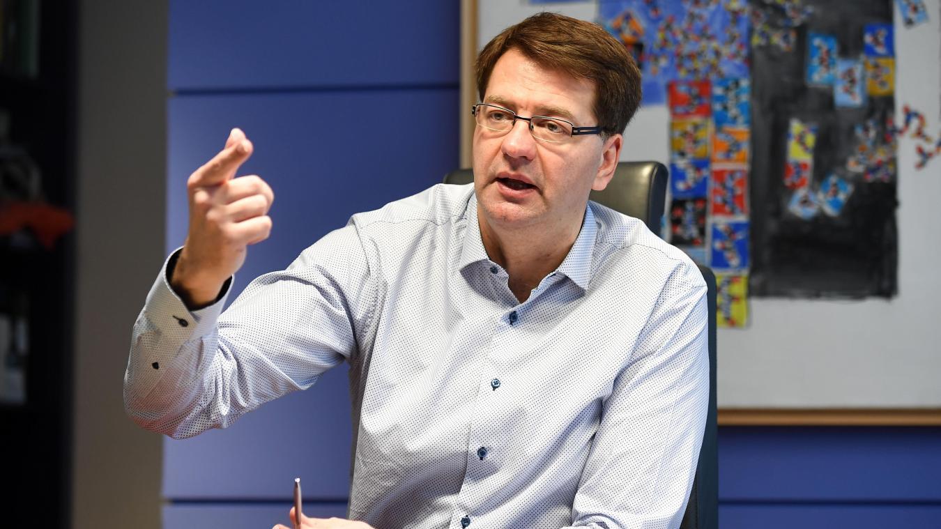 Le maire de Dunkerque, Patrice Vergriete, explique ne plus comprendre les règles mises en place par l'État.
