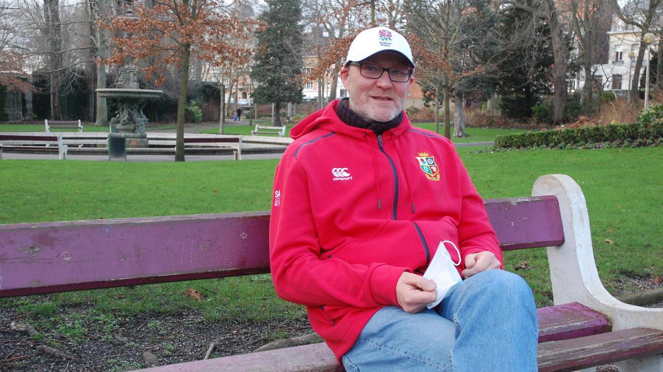 Stephen Bones a quitté l'Angleterre à l'âge de 20 ans pour la France.