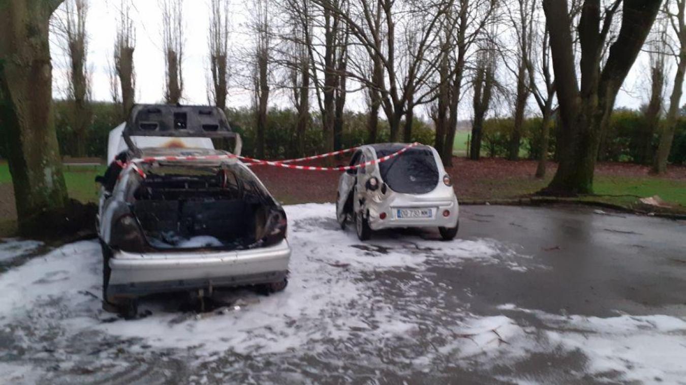 Voici ce qu'il restait des véhicules sinistrés ce 1er janvier.
