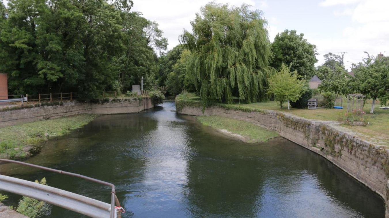 Le projet de réfection de l'écluse Vauban et la mise en navigabilité de la Lawe est relancé.