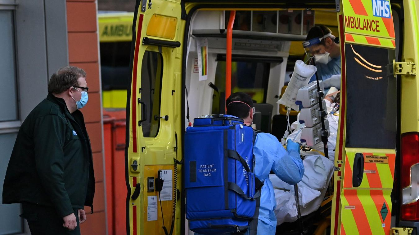 Face à la flambée du nouveau variant du coronavirus, les Britanniques ont amorcé un troisième confinement cette semaine.