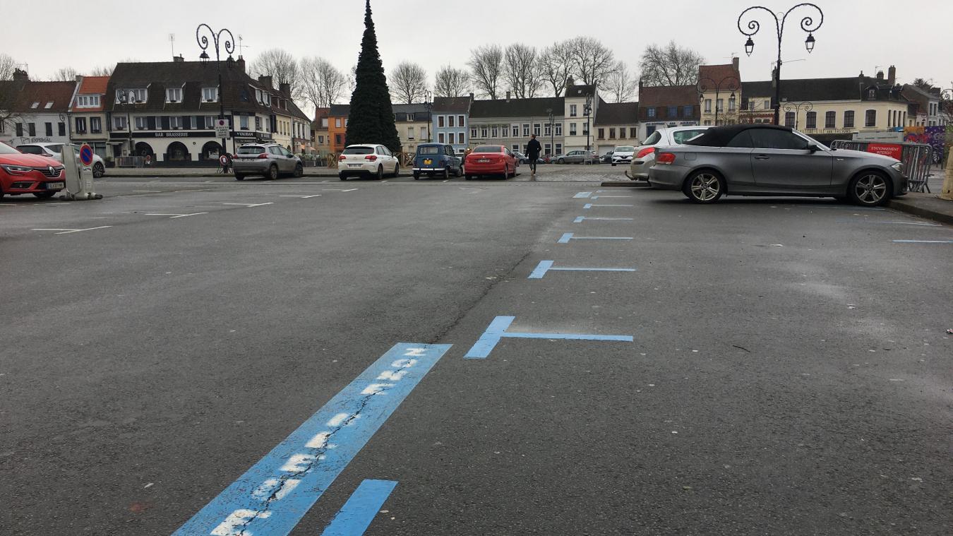 Attention au retour du respect de la zone bleue  : n'oubliez pas de régler et disposer votre disque de stationnement sur votre tableau de bord.