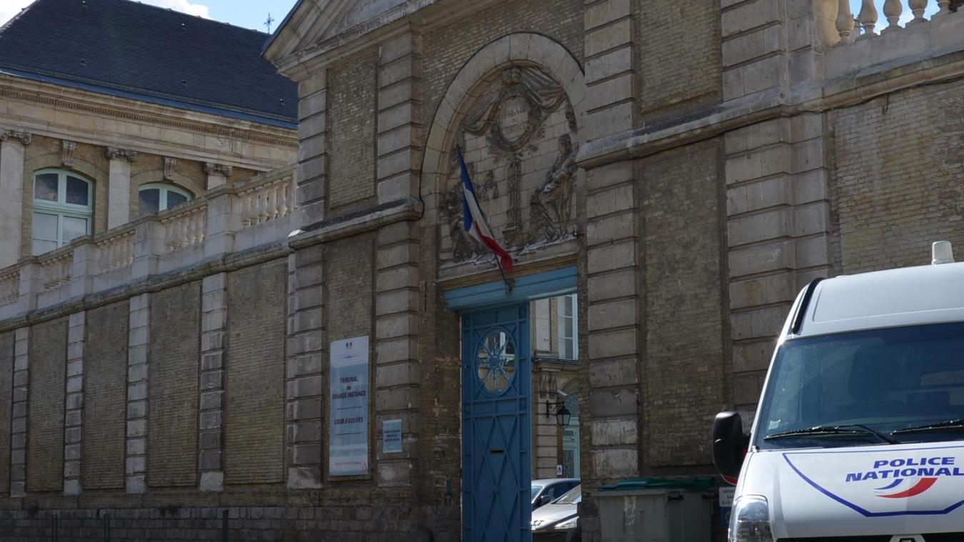 Saint-Omer: la fête du déconfinement se termine en bagarre