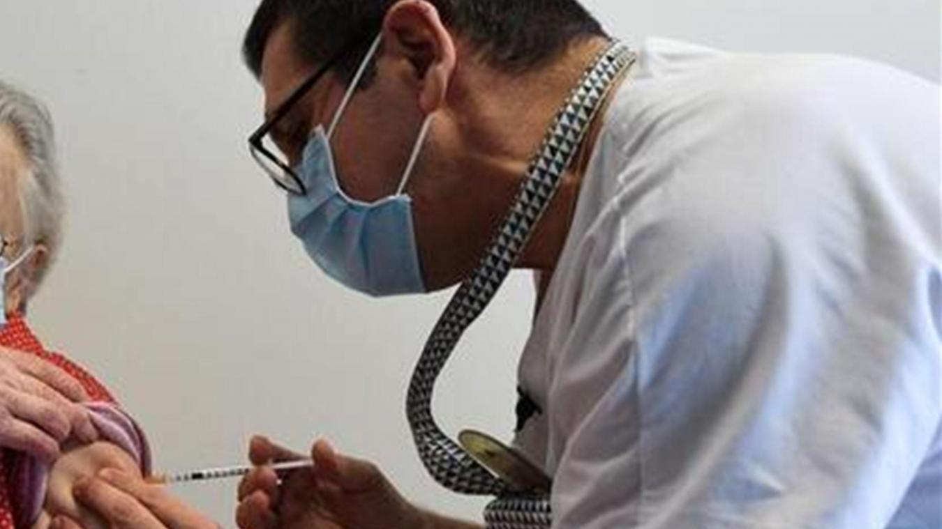 La vaccination est devenue une réalité sur le territoire national.