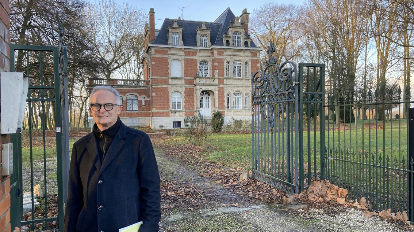 Le maire, Jean-Claude Thorez, est fier du projet conçu en collaboration avec les élus et le généreux donateur, Werner Thur.