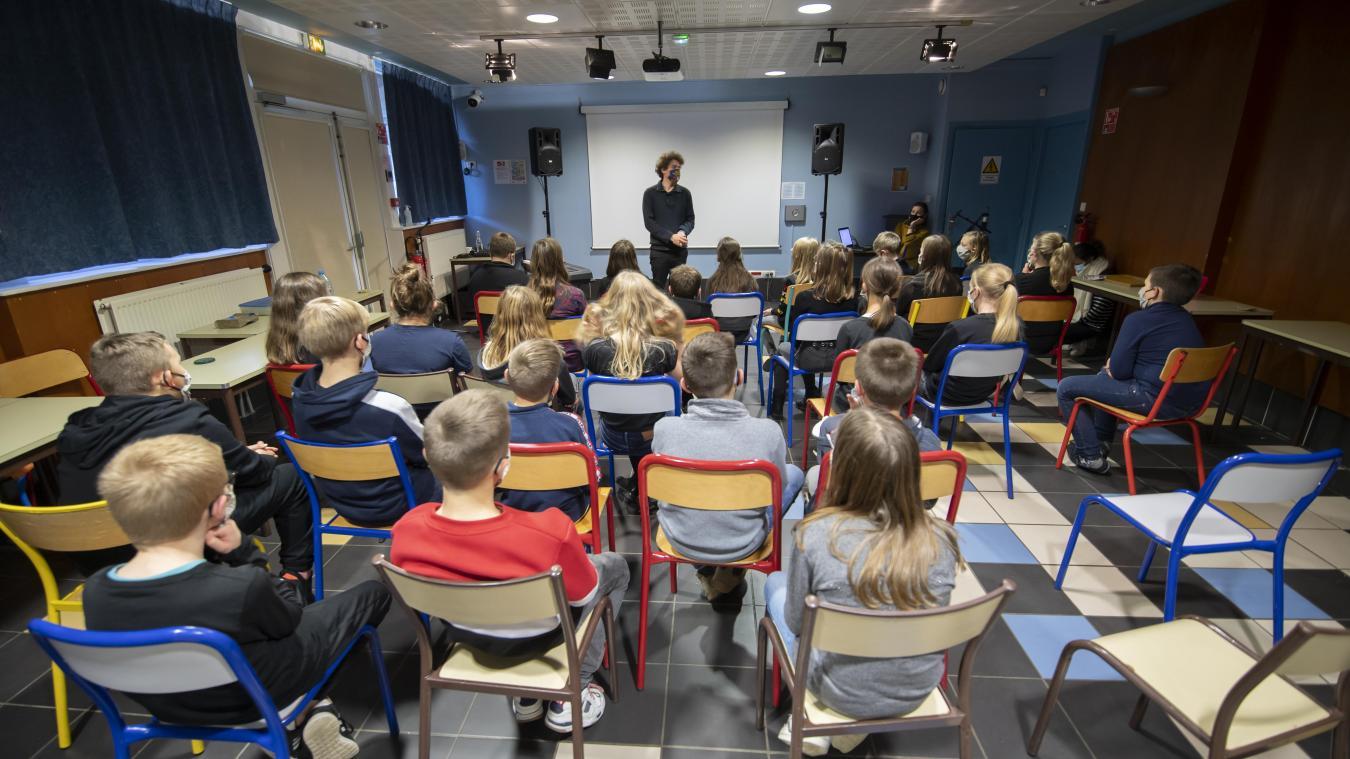 Les élèves du collège ont rencontré Axel Nouveau.