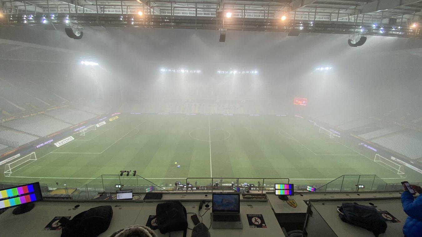 Lens – Strasbourg: Le match va commencer dans un épais brouillard