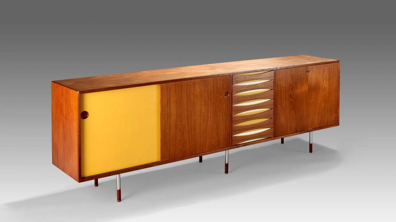 Arne Vodder (1926-2009) Enfilade en bois exotique et stratifié de couleur. 1957.