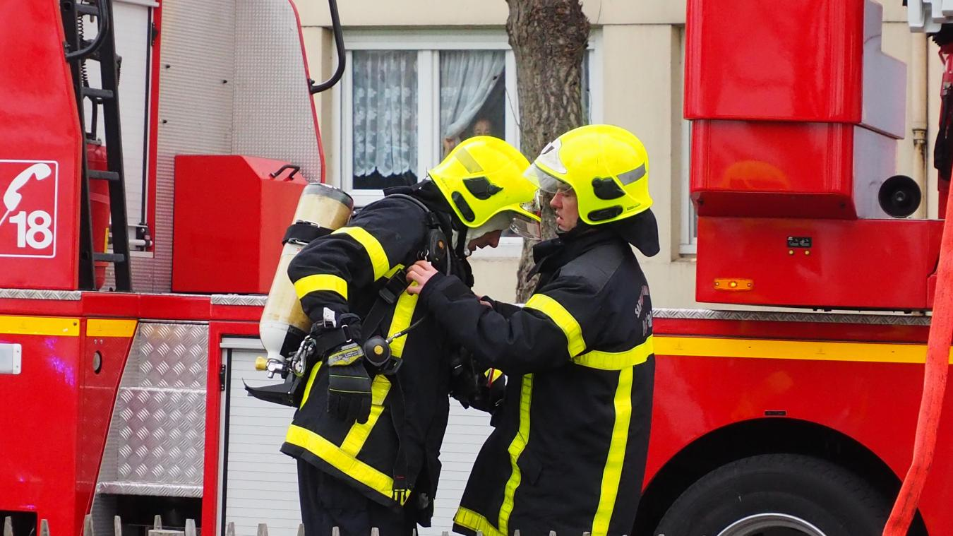 23 sapeurs-pompiers sont intervenus ce dimanche matin, place de la Haye. illustration
