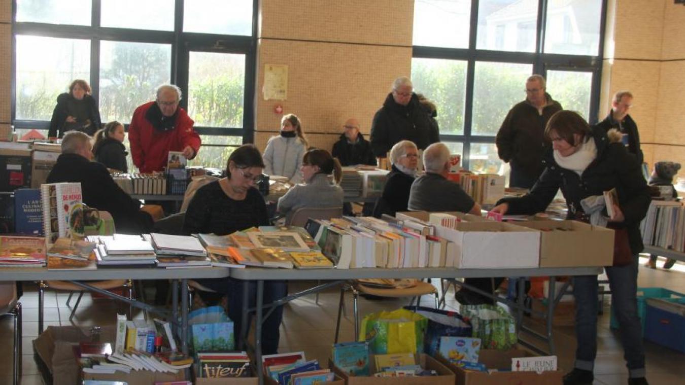 La Foire aux livres est ouverte aux particuliers.