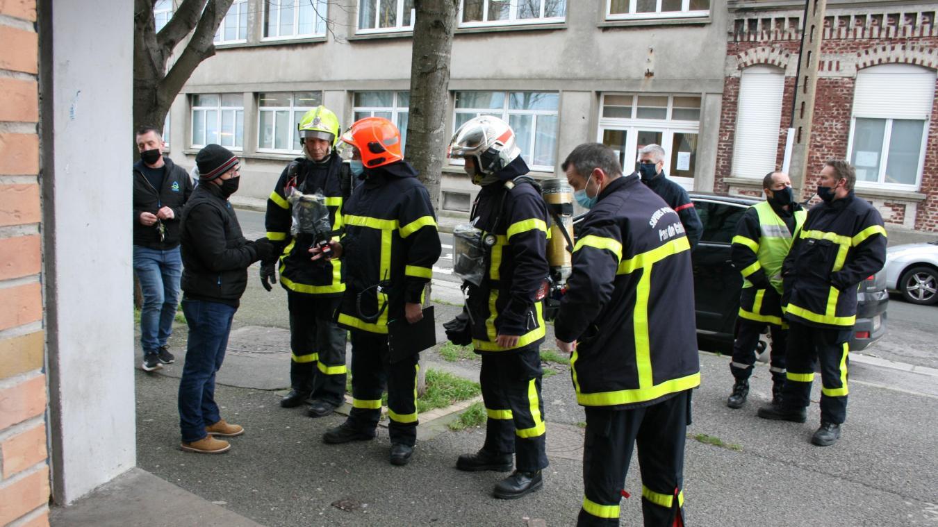 Trente sapeurs-pompiers ont participé à cet exercice, aux côtés des habitants et du bailleur TOH.