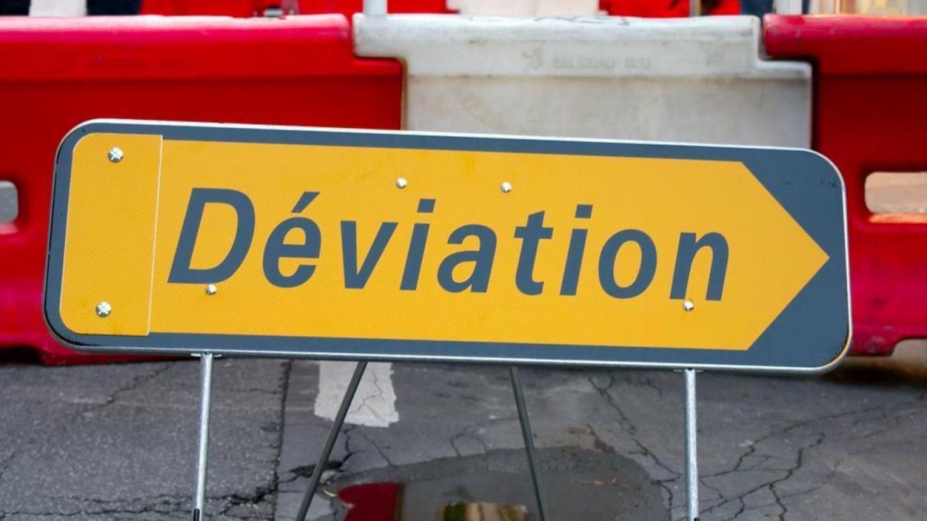 Des déviations ont été mises en place pour guider les automobilistes vers d'autres axes.