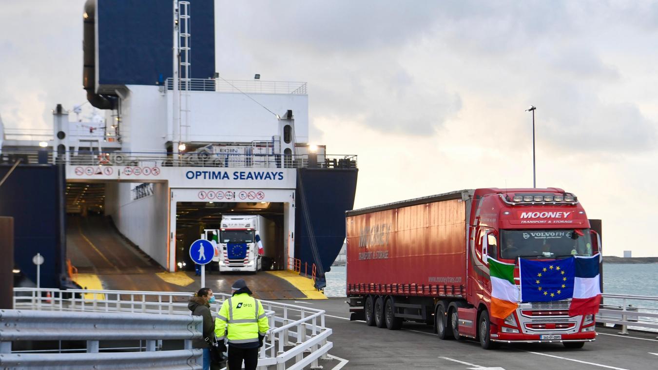 Début janvier, environ 120 camions ont débarqué à Dunkerque après une journée de voyage depuis Rosslare en Irlande. Une inauguration de ligne qui s'est déroulée sans accroc.  Photo Jean-Louis Burnod