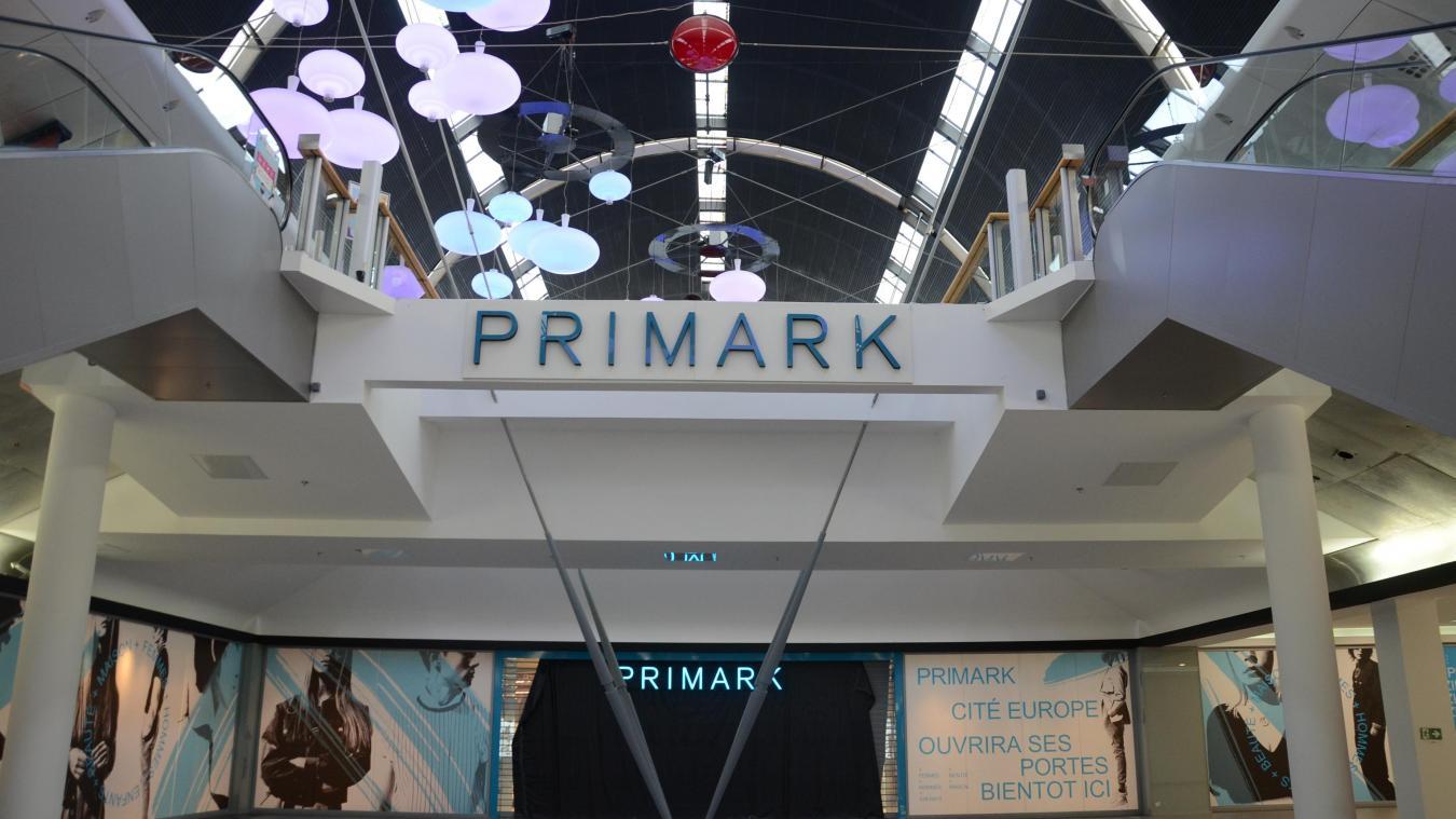 Primark a prévu d'ouvrir son vingtième magasin en France à Cité Europe le 29 janvier.