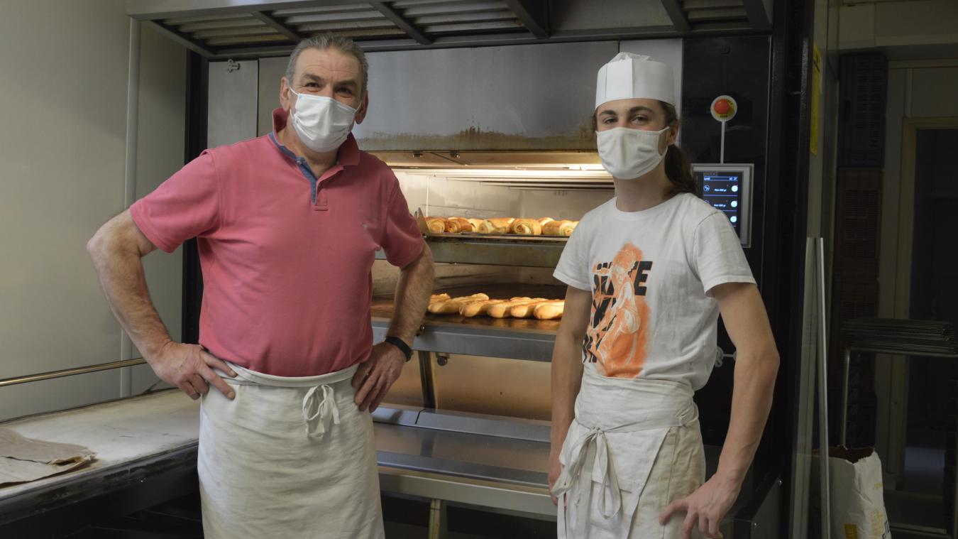 Damian a rejoint en décembre l'équipe d'Olivier Boddaert, artisan boulanger-pâtissier.