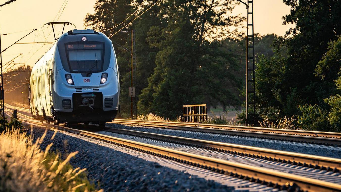 Les faits se sont produits sur la ligne Dunkerque - Bergues (photo d'illustration).