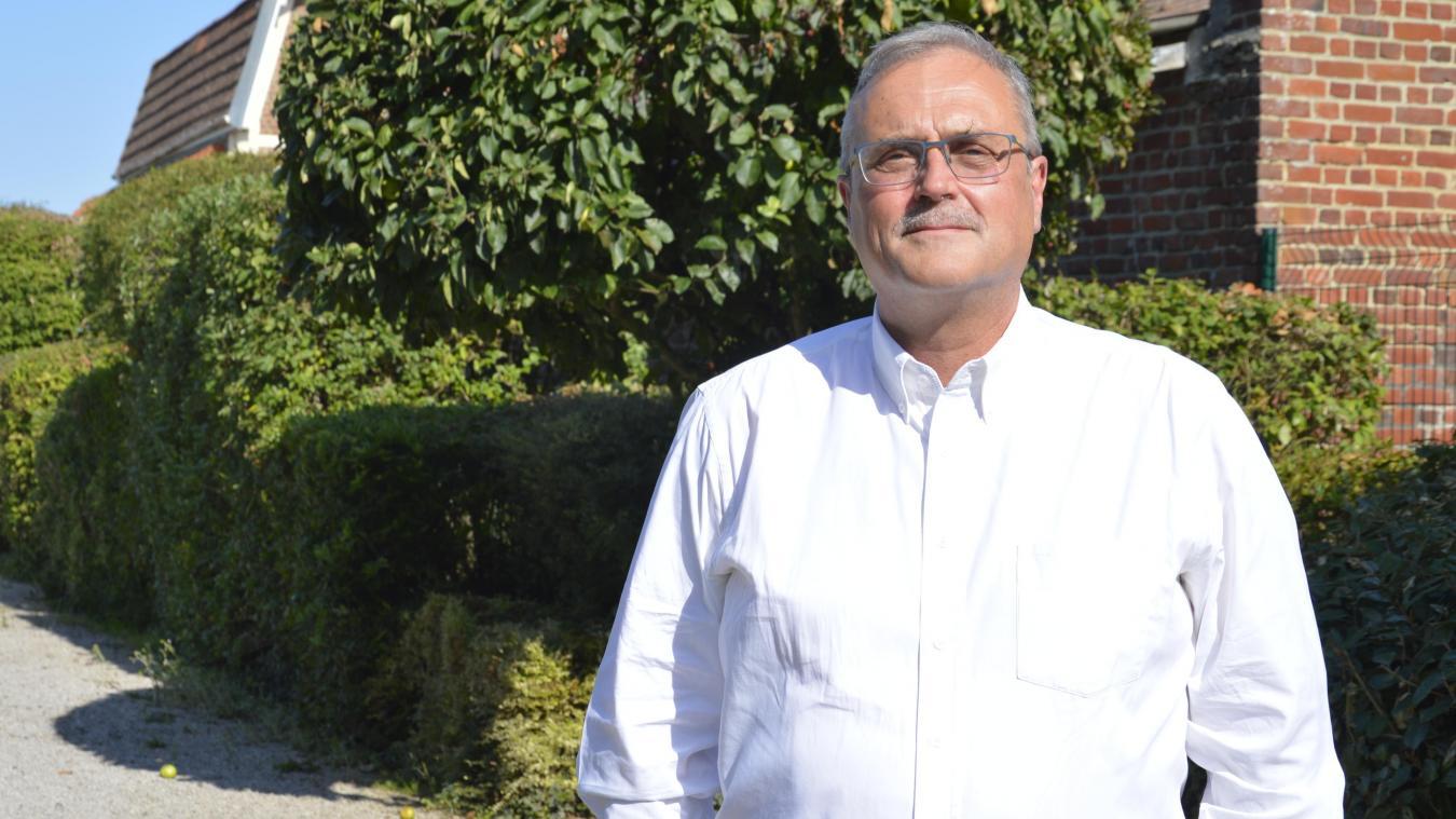 Jean-Michel Plaetevoet, le maire, veut faire du centre du village un lieu intergénérationnel.