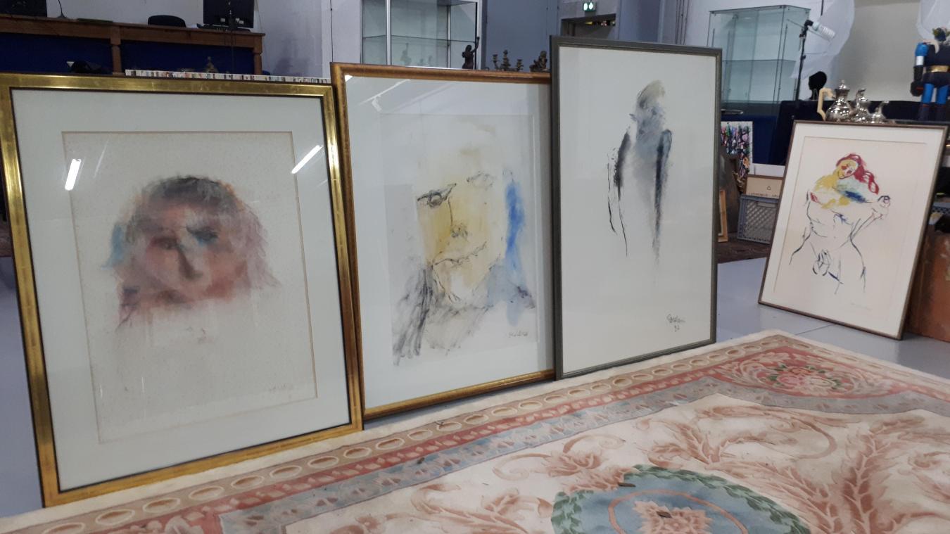 Parmi les objets en vente à Saint-Martin ce samedi, des pastels de Jean Roulland.