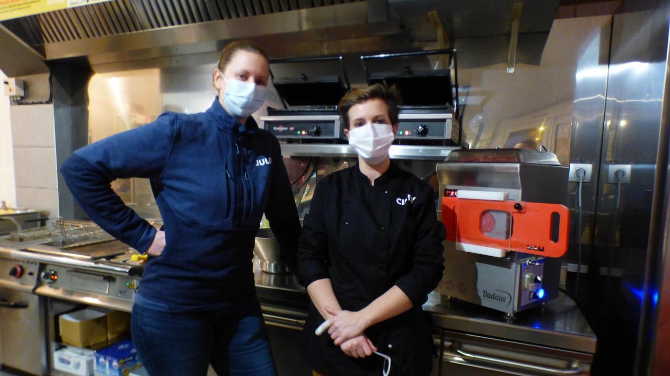 Julie et Cindy vous proposent des burgers comme à la maison.