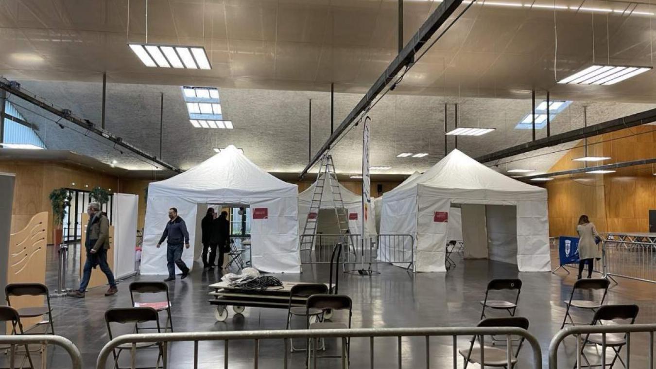Calais : l'ouverture du centre de vaccination repoussé