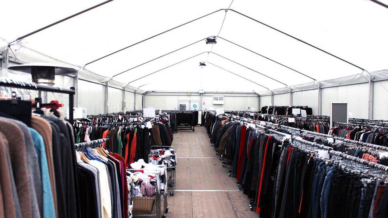 Bruay-la-Buissière : la vente de textile neuf, c'est jusqu'à samedi au Relais